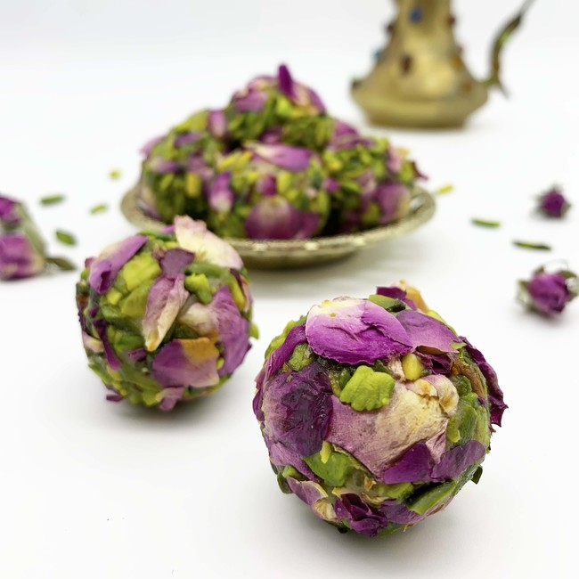 Moroccan Desire with Rose Petal and Pistachio